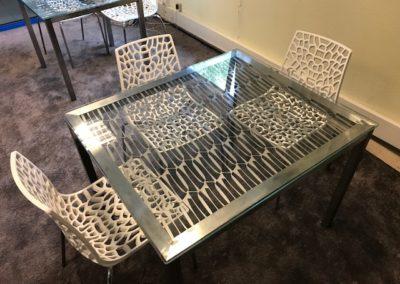 TABLE INOX.JPG 2